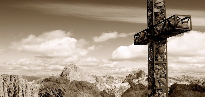 A Clash of Monotheisms: The Islamic Denial of the Crucifixion